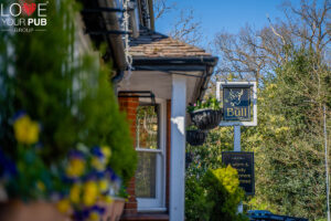 Pubs For Sunday Lunch In Berkshire - Visit The Bull !